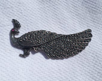 gorgeous PEACOCK marcasite sterling silver large vintage  BROOCH with ruby crystal eye