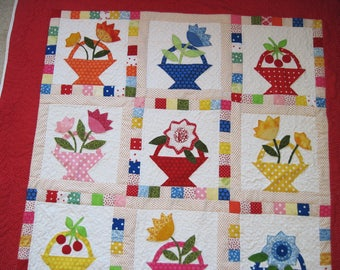 Quilted wall hanging lap quilt throw quilt flower basket applique quilt