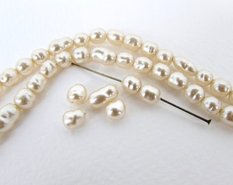 Vintage Bead Glass Pearls Ivory Baroque Off White Potato Japan 6mm to 9mm vgp0562 (10)