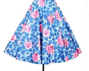 vintage 50s rose skirt / glitter flocked blue rose skirt / circle skirt / 1950s skirt .. 26 waist
