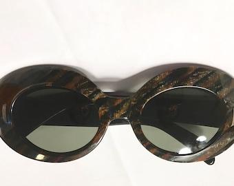 Tiger's Eye Pattern Jackie O Sunglasses Vintage Mod Big Bubble Cat Eye Glasses Stunning Vintage 60s Fashion Frame Glam Rock Elton John