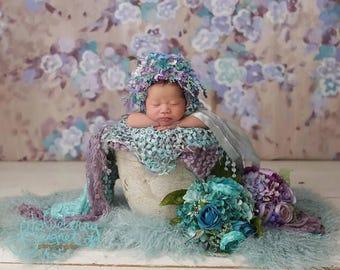 newborn bonnet and flower bouquet to match, bouquet and bonnet to match, newborn photo props