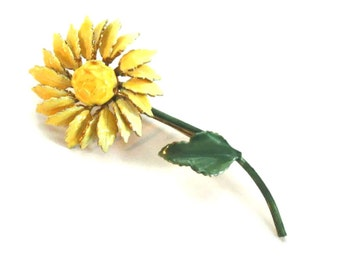 Sandor Enamel Yellow Daisy Brooch, Vintage MidCentury Signed Enamel Flower Pin