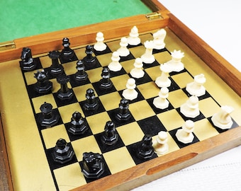 Vintage Chess Game in Case, Travel Size, Magnetic