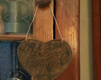 Beeswax Large Heart  Cupboard Hanger/Ornie #113