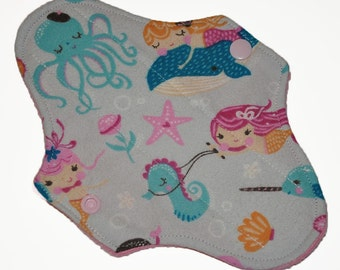 Liner Core- Under the Sea Flannel Reusable Cloth Mini Pad- 7.5 Inches (19 cm)
