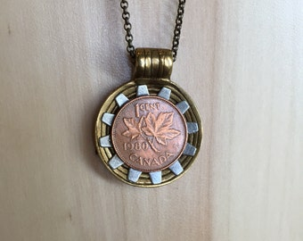CANADA - One of a kind 1980 Canadian Coin Necklace - Reversible