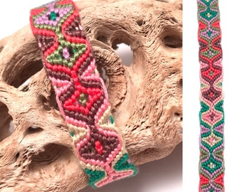 Friendship bracelet - sleeping tikis - embroidery floss - string - thread - knotted - woven - green - pink - tribal - macrame - cotton