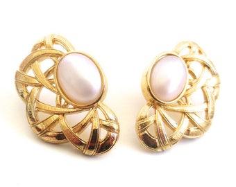 Vintage 90'S Avon // Angelica Large Pearl Earrings