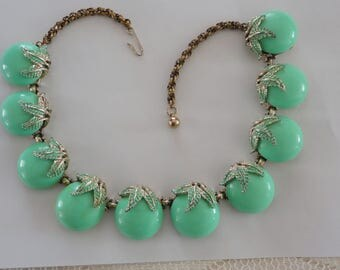 50s Light green Lucite necklace apples thermoset Vintage