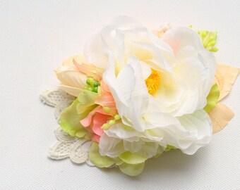 Blush Peach Green White Bridal Flower Hair Comb, Shabby Chic Pastel Vintage Comb, Woodland Weddings Hair Comb, Rustic Bridal Headpiece