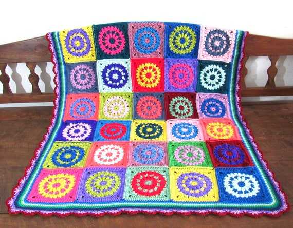 Handmade crochet blanket toddler, baby flowers nursery blanket. Throw /Stroller/lap afghan. Approximately 38 inches by 42 inches.