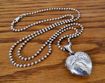 Vintage Sterling Silver Heart Shaped Locket Necklace