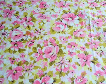 Vintage Bed Sheet - Cottage Chic Pink Roses - Full Flat