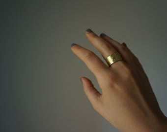 Textured big brass ring