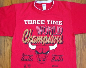 Vintage Chicago Bulls three time world champion t shirt gold red