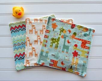 SALE Giraffe Baby Washcloth Set of 3, Gender Neutral Giraffe Baby Gift, Soft Baby Wipes, Diaper Bag Wipes, Boy or Girl Bath Gift