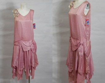 1920s Art Deco Vintage Rose Pink Silk Satin Dress