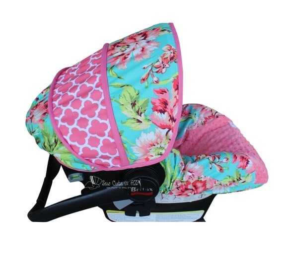 Love Bliss with Quatrefoil Infant Car Seat Cover