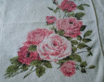 1980s Briggs pink rose hand towel bathroom