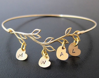 Mothers Day Gift from Daughter, for Mom, Sister, Wife, Nana, Grandma, Family Tree Bracelet with 4 to 9 Initial Charms, Frosted Willow