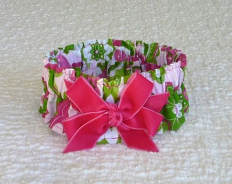"""Dog Ruffle Collar, Poochy Floral Dog Scrunchie Collar with shocking pink velveteen bow - Size S: 12"""" to 14"""" neck"""