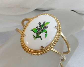 ON SALE Vintage Lily of the Valley Flower Bracelet. Gold. Clamper. Cameo. May.