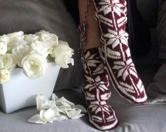 Burgundy Slippers, Soft Slippers, Warm Slippers, Wool Slippers, Mukluk, Womens Slippers, Winter Slippers