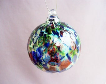 Hand Blown Art Glass Christmas Ornament/Ball/Suncatcher.