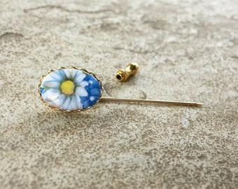 Daisy Flower Pin, Blue Flower Hat Pin, Daisy Pin, Blue Pin, Unique Hat Pins Vintage, Old Stick Pin, Gold Pin, Flower Cabochon Pin, Hatpins