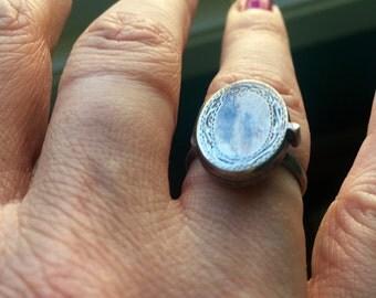 Locket Ring - Sterling Silver - Engraved Ring - Vintage