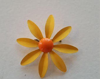 Orange and Yellow Vintage Enamel Daisy Brooch