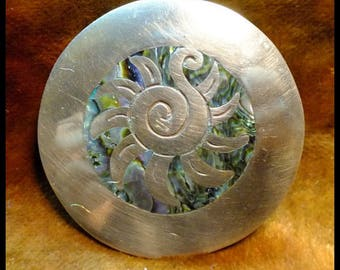 Vintage Mexico In-Lay Abalone & Brass :Pin / Pendant Free Shipping