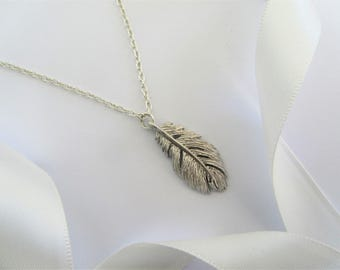 Silver Feather Necklace, Bridesmaids Gifts, Boho Jewellery, Mothers Day Gift, Silver Necklace, Gift for Her, Layering Nekclace