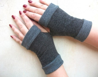 Dark gray Fingerless gloves  with gray cuffs Completely Lined