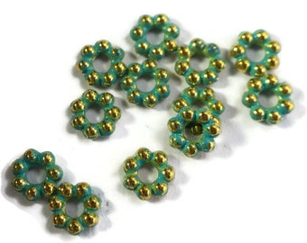 Patina Daisy Spacer Beads Gold Flowers Artsy 5mm Antiqued Green Spacers (1641B )