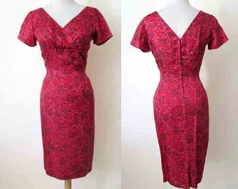 CLEARANCE Charming 1950's Red Silk Floral Print Curve hugging Shelf  Bust Cocktail Dress Pinup Girl Rockabilly VLV Size Small