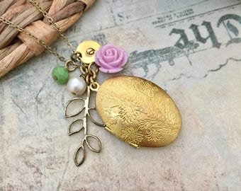 Ornate Locket Necklace, Initial Necklace, Oval Locket, Floral Locket, Gift Ideas, Handmade Necklace, Bridesmaid Gift, Leaves Necklace