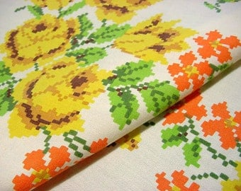 "Vintage 60s Printed Floral Tablecloth -Yellow Roses Orange Daisy Flowers 51"" x 66"""