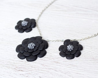 Necklace with black leather flowers,  leather jewelry, floral necklace, Ethnic necklace, boho tribal necklace, gift for her