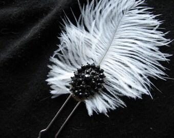 Black and white | hair pin | ostrich feather | fascinator | elegant | rhinestone