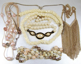 Vintage Necklace Lot Mother Of Pearl Torsade Chunky Faux Pearls Rhinestone Chain Fringe 70's 80's 90's Boho Bohemian Retro Costume Jewelry