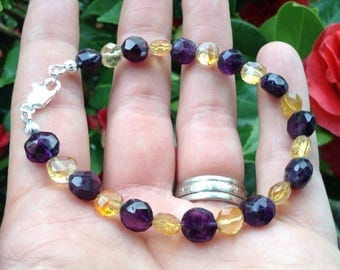 Amethyst and Citrine bracelet - bringer of joy, increases calm amd decreases stress, balance and heal emotions
