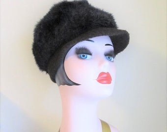 40% OFF SALE Vintage Dark Brown Faux Fur Hat / 1960's Furry Winter Brim Bill Cap
