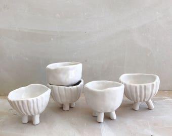 Little Pots With Legs