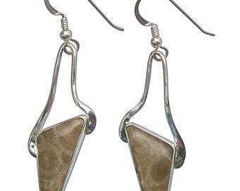 Petoskey Stone dangle earrings set in Sterling Silver  epkyf2756