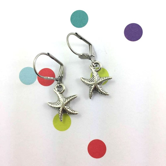 little light sea star, star, silver metal earring charm on hypoallergenic stainless steal hook, les perles rares
