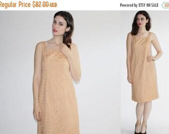On SALE 40% Off - D - 1960s  Dress -  Vintage Lace Dress  - The Leche Dress - 6173