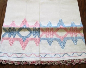 "2 Vintage Large Huck Towels With Pink Blue Swedish Weave Pattern & Tatted Hem Edges 18"" by 32"""