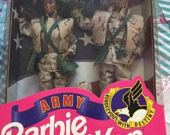 Vintage NRFB Stars and Stipes Army Barbie and Ken Doll Set Made by Mattel #4067